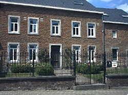 Académie-rue Fiévet.jpg